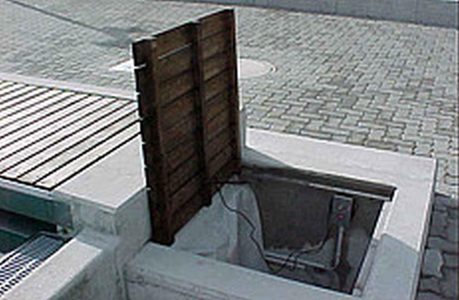 66_Schwimmbadabdeckung-Aufrollsystem-Trockenschacht-M_01